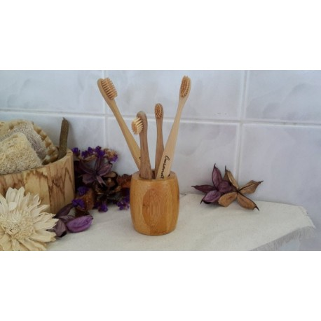 Bambusový stojánek Curanatura