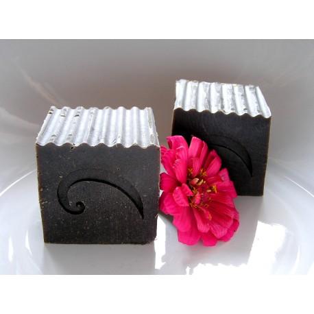 Květinový šampon s hennou