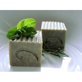Kopřivový šampon s konopným olejem